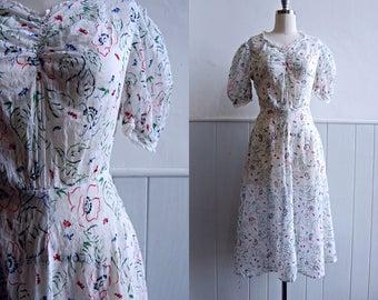 1930s White Sheer Puff Sleeve Floral Dress // Medium