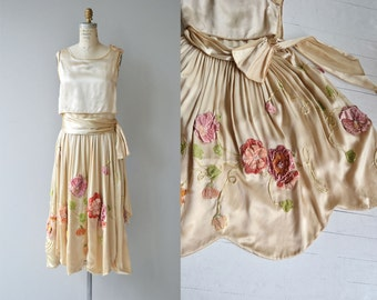 Chanson de Printemps silk & velvet dress | vintage 1920s dress | floral silk 20s dress