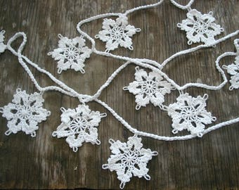 "Hand Crochet Garland Wedding/ Christmas 3.5"" Snowflakes/Doilies ,White,100""L(custom size available)"