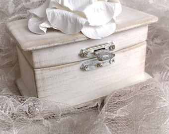 Ivory Distressed Wedding Ringbearer Ring Box with Paper Rose