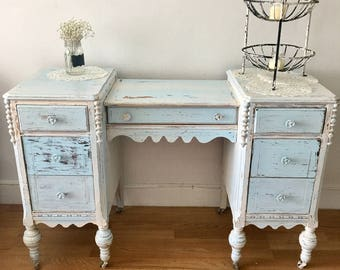 Vintage hand painted distressed vanity entryway desk bedroom