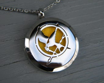 Stainless Steel Aromatherapy Locket Diffuser Necklace - Mockingjay