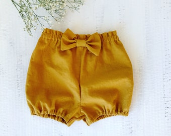 linen bloomers for girls, mustard linen bloomers, honey linen bloomers, linen shorts, linen diaper cover for babies, baby bloomers
