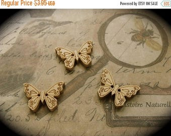 ONSALE 6 Wooden Nature Butterfly Buttons