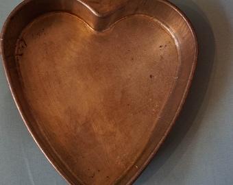 Vintage Heart Shaped Cake Pan   1940's   Heart Baking Pan  Long Heart Baking Cake Pan  Baking Cake