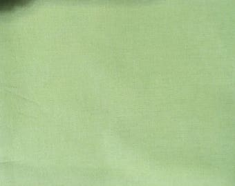 Kona Fabric by Robert Kaufman-Kiwi