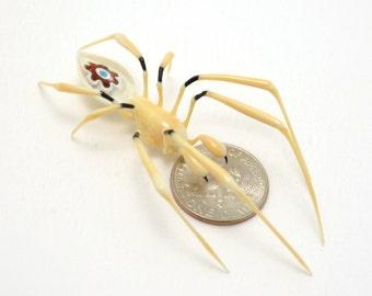 Murrini Thumbprint Spider - lampworked lifelike glass arachnid spider figurine made by Glass Artist Wesley Fleming