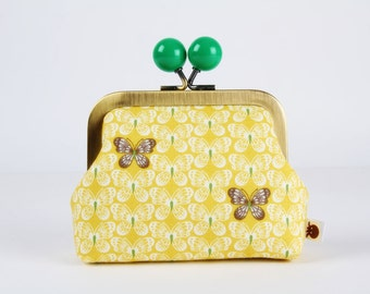 Metal frame coin purse with color bobble - Butterflies on yellow - Color dad / Korean fabric / Brown white green / metallic gold