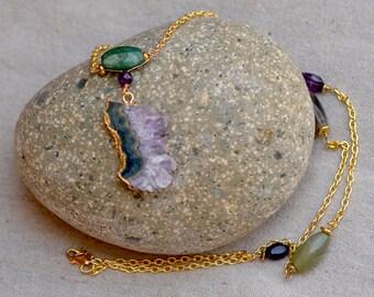 Geode Amethyst Necklace. Amethyst Stalactite Druzy Pendant in Gold. GREEN ON PURPLE Gemstone Necklace. Boho Jewelry.