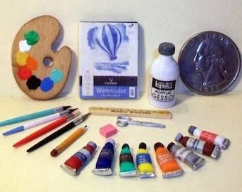 Mini Assortment of Art Supplies  1:12