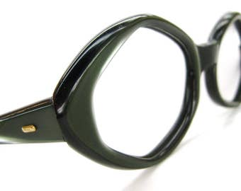 Vintage Womens Olive Green Cat Eye Eyeglasses Eyewear Frame France