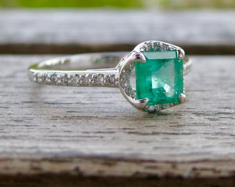 Colombian Emerald Engagement Ring in 18K White Gold with Diamonds and Scroll Detail on the Basket Size 9