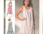 Simplicity 7481  UNCUT Retro 1980s Easy-To-Sew Housedress with Yoke and Skirt Ruffle Sewing Pattern Small