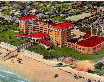 Vintage Florida Postcard - The Clarendon Hotel on Daytona Beach (Unused)