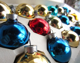 Vintage Shiny Brite Pyramid Glass Christmas Ornaments in Original Box Glass Tree Trim Gold Blue Red