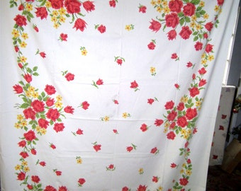 1950s PRINT KITCHEN TABLECLOTH - Petti Point Roses