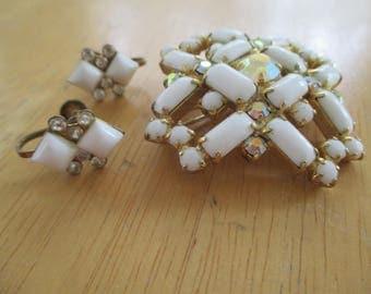 Vintage costume jewelry  / milk glass brooch and screw back earrings