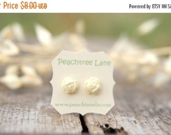 FINAL CLEARANCE Cream Ivory Rose Flower Post Earrings // Bridesmaid Gifts // Maid of Honor Gifts >andgt; Bridesmaid Earrings