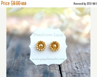 SALE Metallic Gold Daisy Flower Post Earrings // Bridesmaid Jewelry // metallic gold bridesmaid earrings // Bridesmai