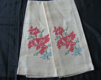 Pair of Vintage Hand Embroidered Cross Stitch  Floral Bouquet T- Towels