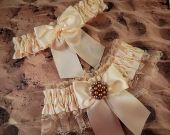 Vintage Earring All Ivory Satin Ivory Lace Wedding Bridal Garter Toss Set