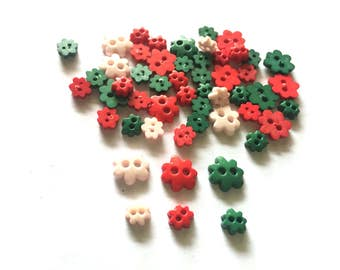 100 pcs Mix flower buttons Mix size Christmas tone