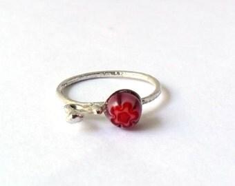Autumn red flower ring