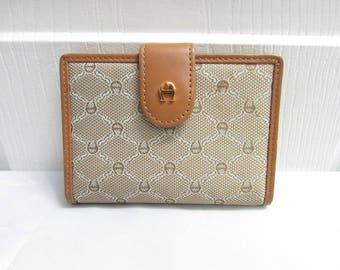 Vintage Etienne Aigner Bi Fold Tan Logo Canvas With Genuine Leather Trim Ids Credit Cards Case Change Purse Mini Wallet