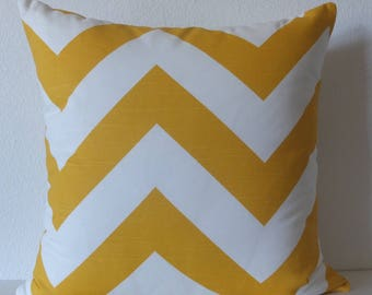 Decorative pillow cover - Zig-Zag - Yellow - Large chevron - 20x20 - Cushion Cover