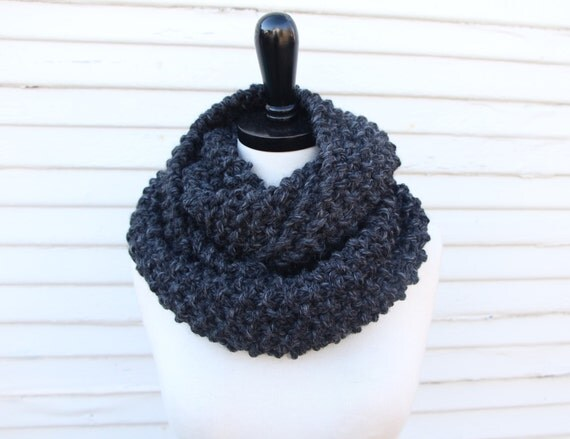 Double loop seed stitch cowl - hand knit with wool blend yarn