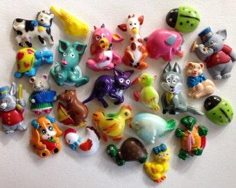 22+ vintage animal magnets!