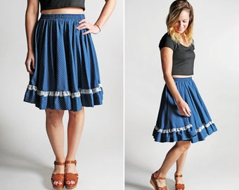 Vintage Ruffle Country Sweetheart Skirt - Blue White Lace Knee Length Gathered Full Summer Square Dance Polka Dot - Size Small