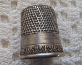 Vintage Thimble Sterling Silver Size 8 Simons Trademark