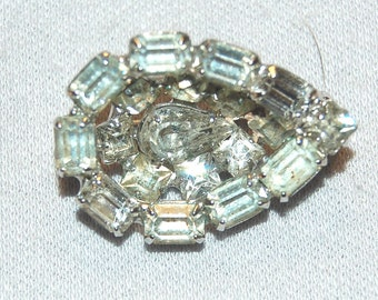 Rhinestone Brooch Baguettes, Clear Sparkling, Vintage old jewelry