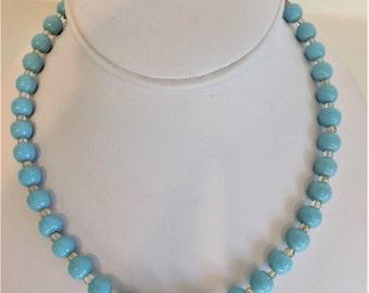 Pretty Vintage Turquoise Blue Glass Bead Choker Necklace