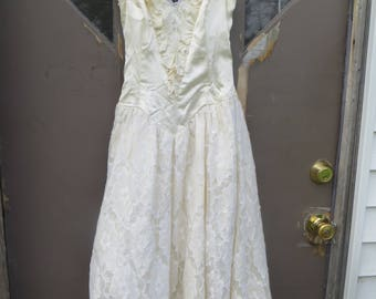 1970 ROBERTA  CALIFORNIA strapless  pale yellow  satin and lace parrty dress   SZ 5-6