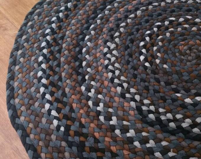 "53"" brown hand braided cotton rug"