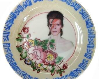 """Miniature Bowie Portrait Plate 3.9"""""""