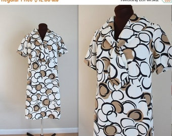 50% OFF SALE 1960s Dress / Sailor Dress / Geometric Print (l-xl)