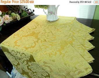 Damask Tablecloth and 4 Matching Napkins Set - Linen Table Cloth 8087