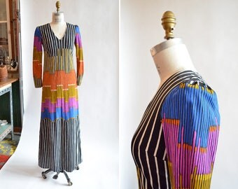 Vintage 1970s STRIPED maxi dress