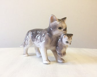 China cat figurine, cat and kitten figurine, vintage cat figurine, vintage china figurine, vintage kitten figurine, retro grey cat figurine