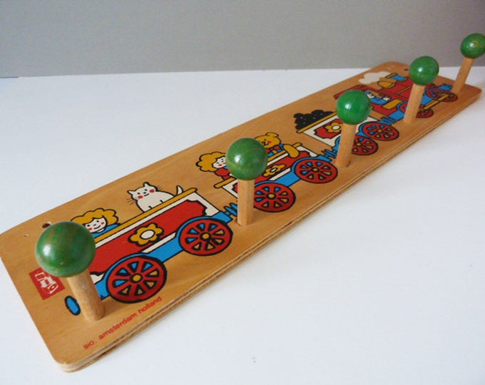 Vintage Sio Holland wooden children's coat hooks