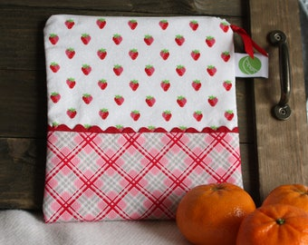 "Eco friendly 7.5"" Reusable Sandwich Bag - 7.5"" x 7.5""- Food safe PUL lined, Zippered, Machine Washable"