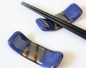 CHOPSTICK RESTS FUSED Glass Sushi Chopstick Rest, Chopstick Holder, Sushi Accessories, Blue Brush Pen Fountain Pen Rest, Under 10 Gift Glass