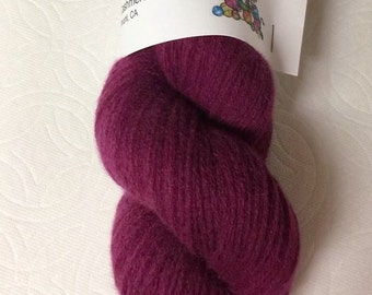 Burgundy pure cashmere recycled yarn