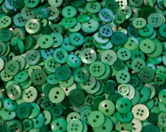 100 Button  SMALLS Mix, Shades of Green -  Grab Bag - Crafting -  Jewelry -  Collect (b1352 A)