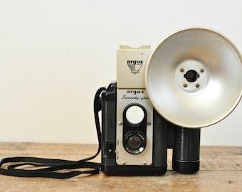 Vintage Display Camera Argus Seventy-Five Twin Lens Flash Stick