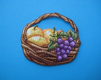 Sale~ 2 pcs Iron-on Embroidered Patch Fruit Basket 2.1 inch