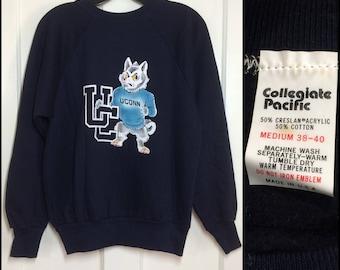 deadstock 1970's UConn Huskies University of Connecticut UC College Sports sweatshirt size Medium fuzzy flock print dog NOS navy blue